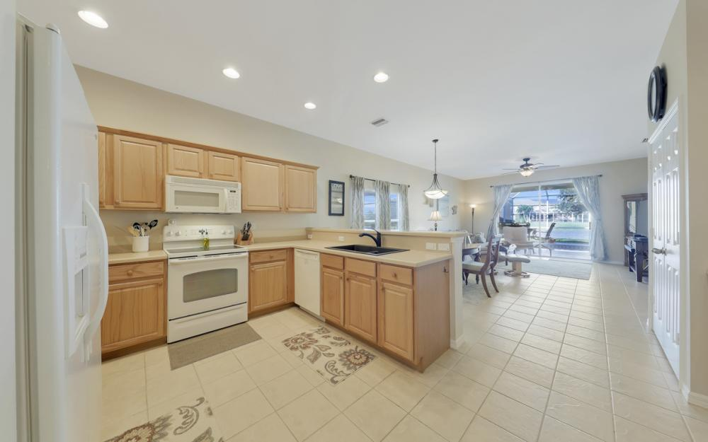 9005 Falcon Pointe Loop, Fort Myers - Home For Sale 1891351612