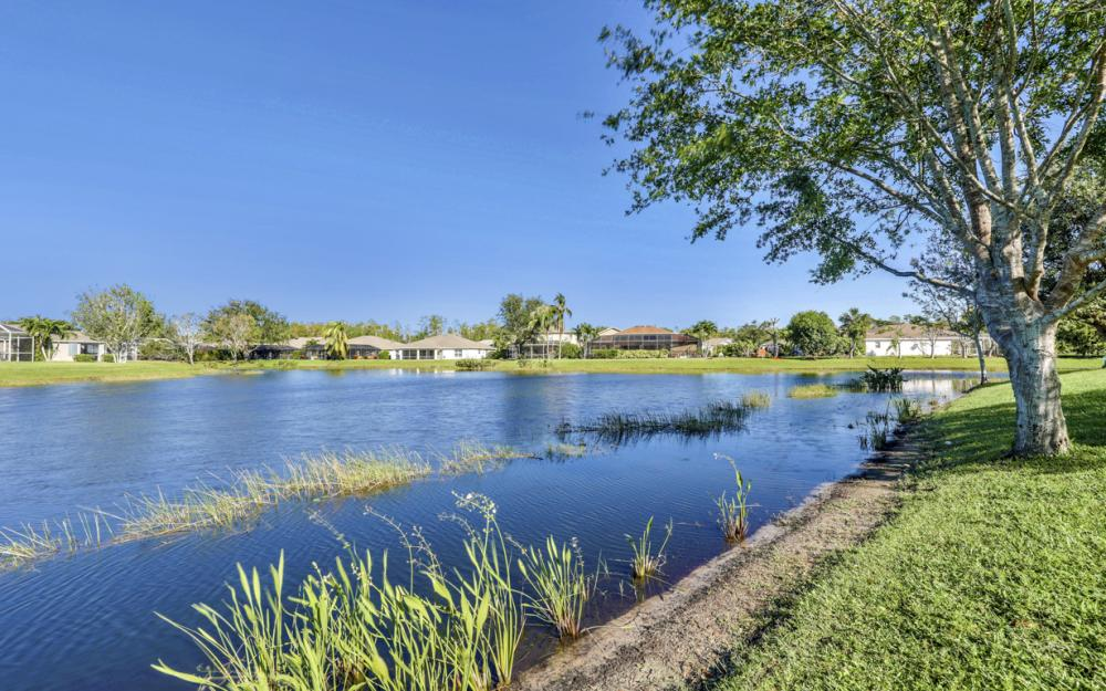 9005 Falcon Pointe Loop, Fort Myers - Home For Sale 819386466