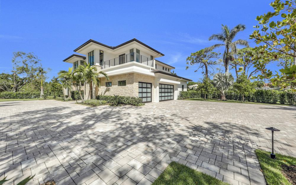 689 Banyan Blvd, Naples - New Luxury Home For Sale 71668655