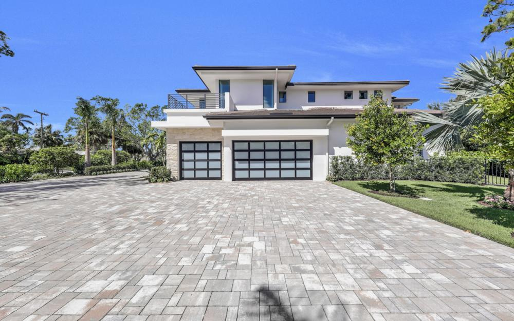 689 Banyan Blvd, Naples - New Luxury Home For Sale 1451923773