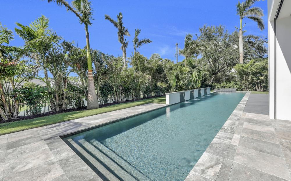 689 Banyan Blvd, Naples - New Luxury Home For Sale 1336383543