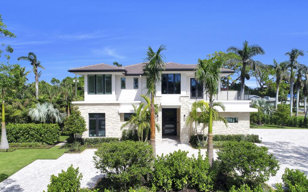 689 Banyan Blvd, Naples - New Luxury Home For Sale 2067298136