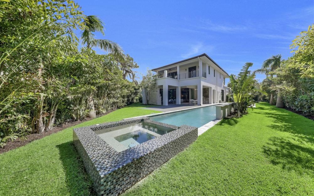 689 Banyan Blvd, Naples - New Luxury Home For Sale 49147371