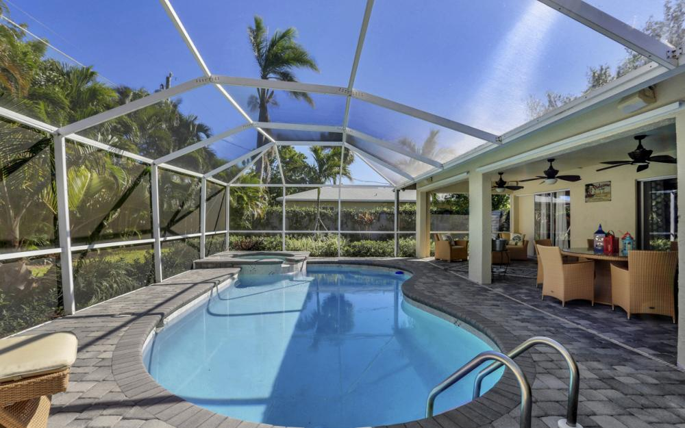 661 97th Ave N, Naples - Home For Sale 551572197
