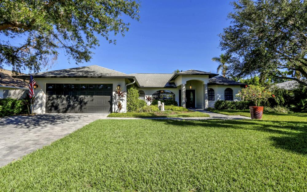661 97th Ave N, Naples - Home For Sale 72275732