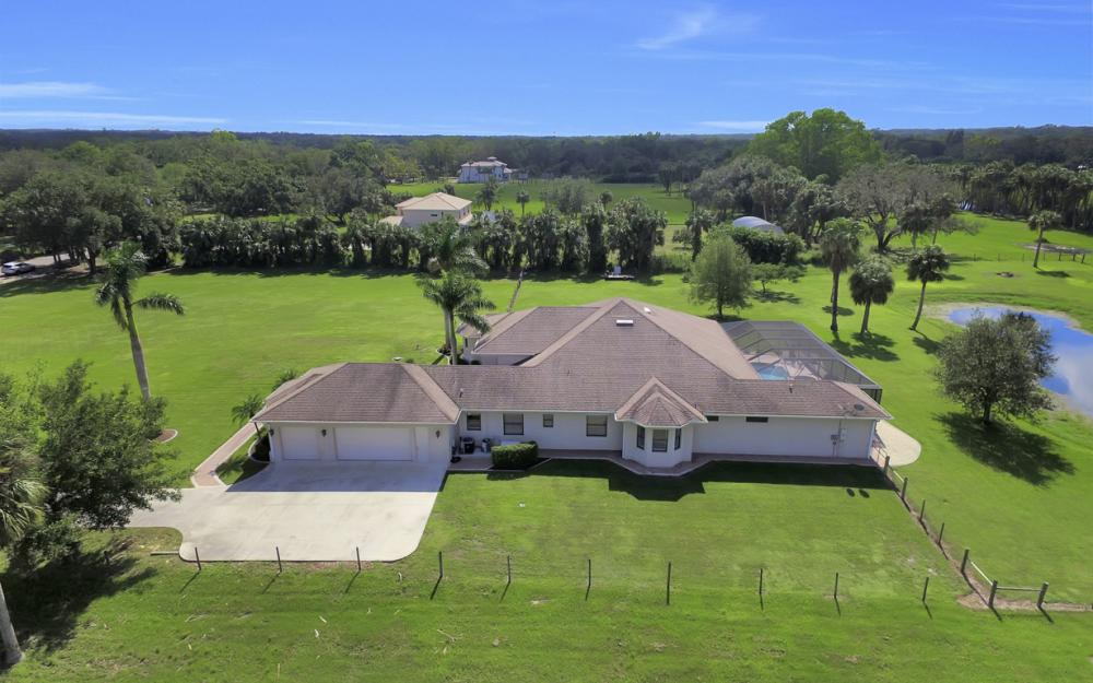 4566 Orange River Loop Rd, Buckingham - Home For Sale 1464849870