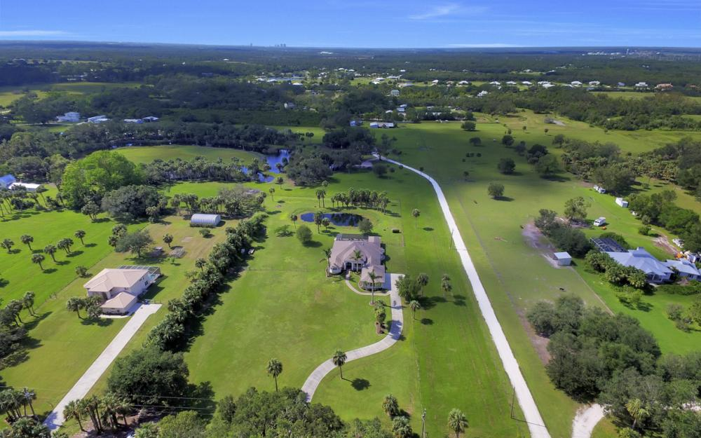 4566 Orange River Loop Rd, Buckingham - Home For Sale 796115337