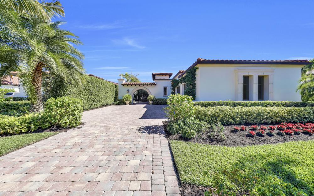 18133 Via Portofino Way, Miromar Lakes - Home For Sale 289589538