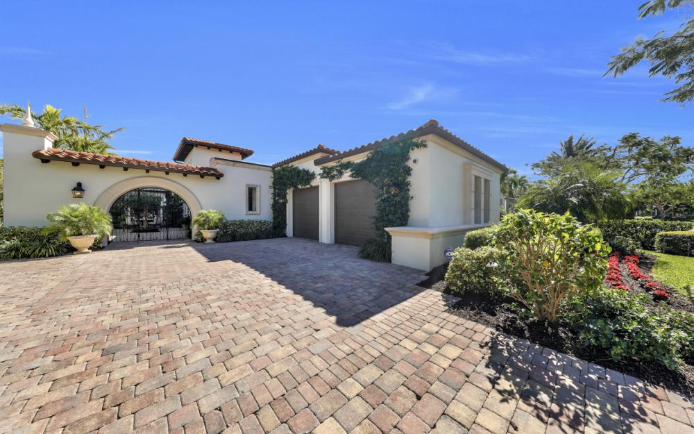 18133 Via Portofino Way, Miromar Lakes - Home For Sale 651249364