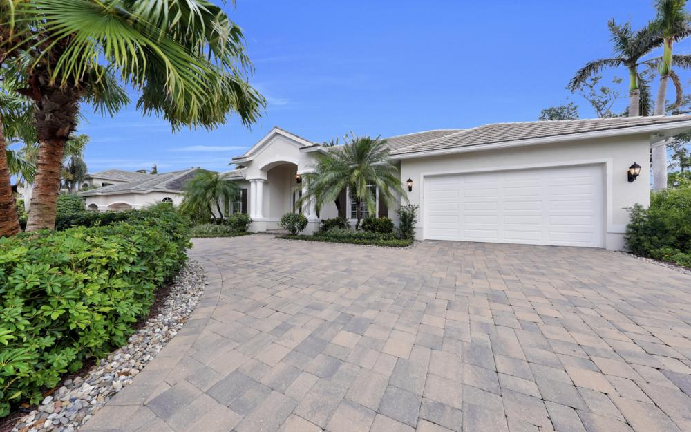 425 Rudder Rd, Naples - Home For Sale 1033818612