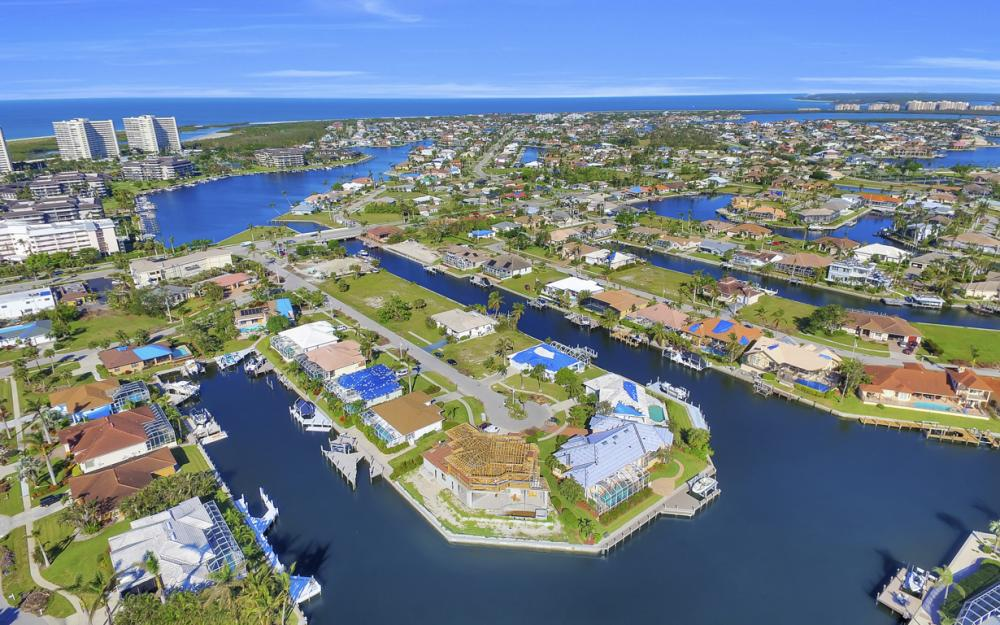 809 Amazon Ct, Marco Island - Home For Sale 1981676696