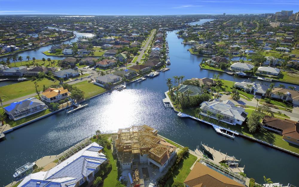 809 Amazon Ct, Marco Island - Home For Sale 594034272