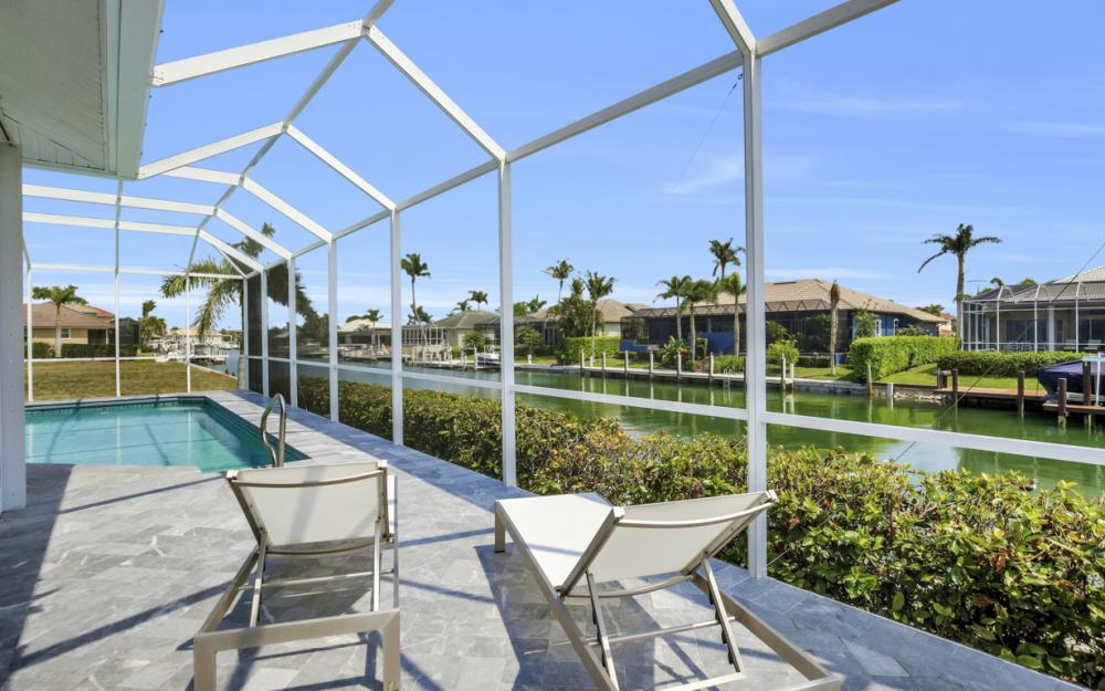 609 Crescent St, Marco Island  - Home For Sale 2139801806