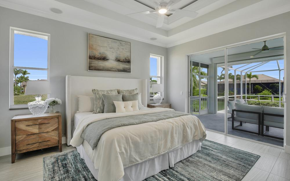 609 Crescent St, Marco Island  - Home For Sale 2025639517