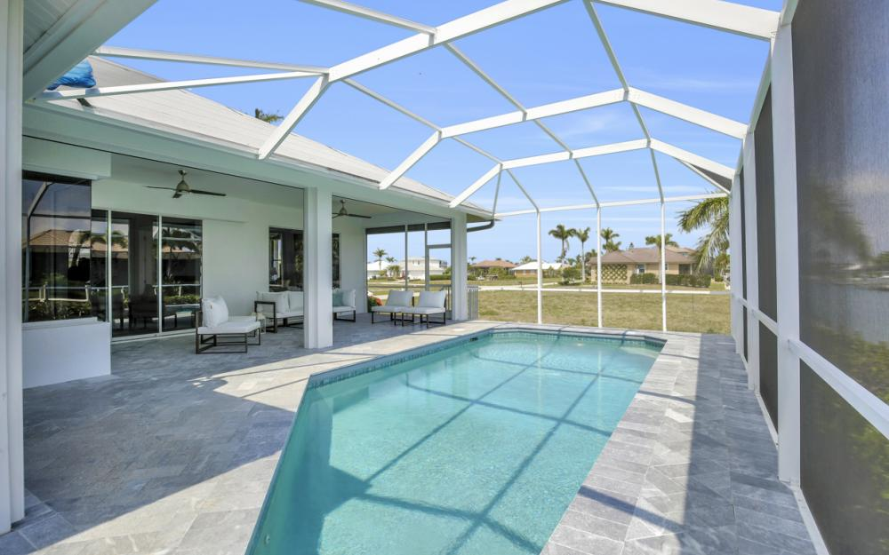 609 Crescent St, Marco Island  - Home For Sale 349490073