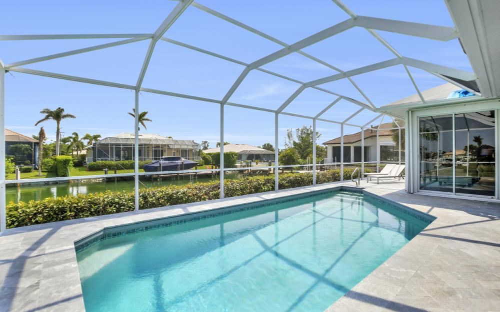 609 Crescent St, Marco Island  - Home For Sale 438888790