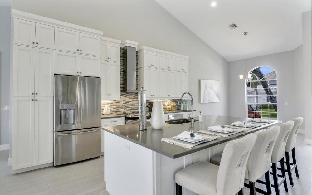609 Crescent St, Marco Island  - Home For Sale 78723969