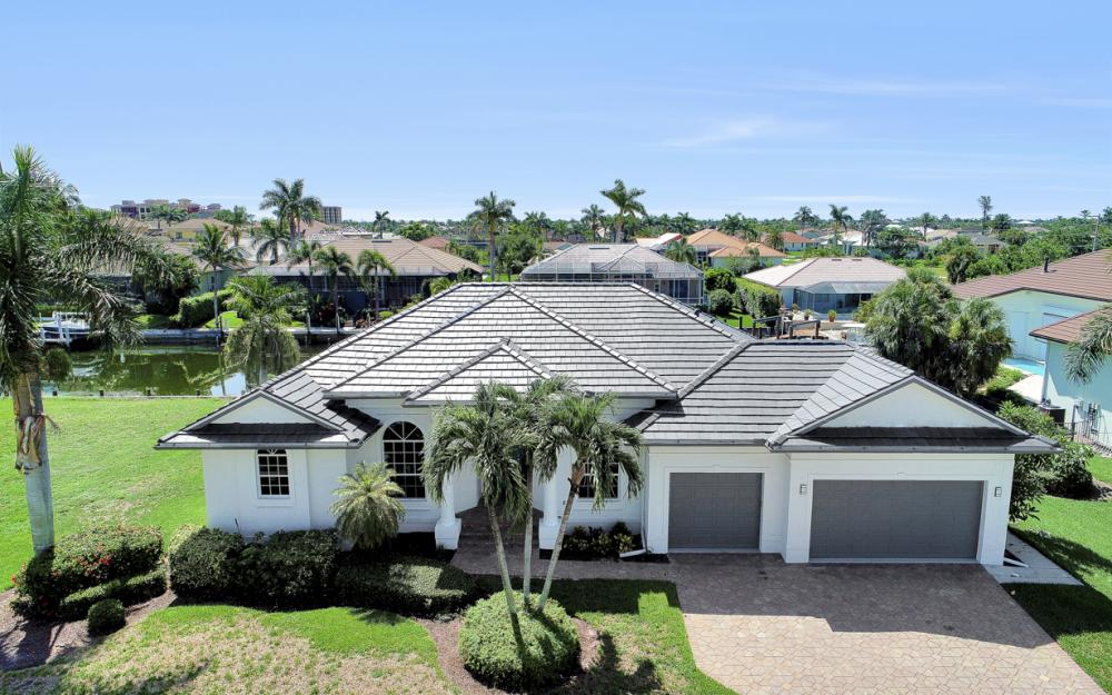 609 Crescent St, Marco Island  - Home For Sale 600266319