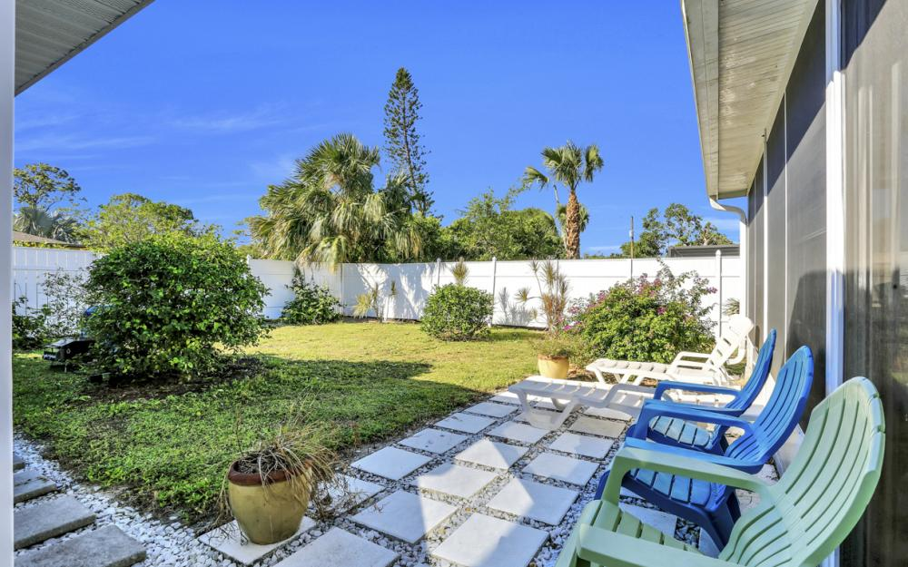 27358 Poinciana Dr, Bonita Springs - Home For Sale 404963297