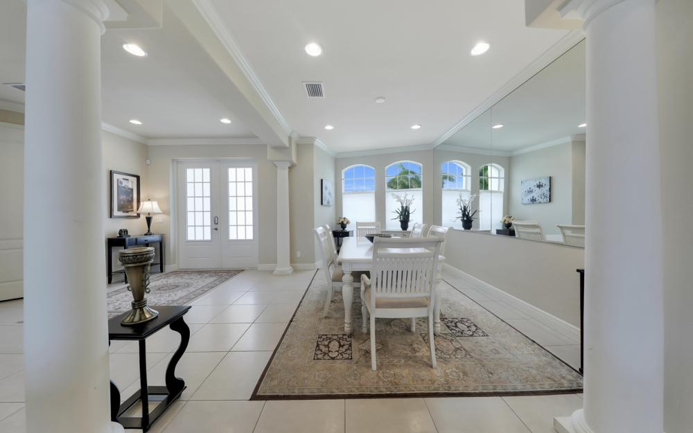 2502 SW 52nd Ln, Cape Coral - Home For Sale 794743886
