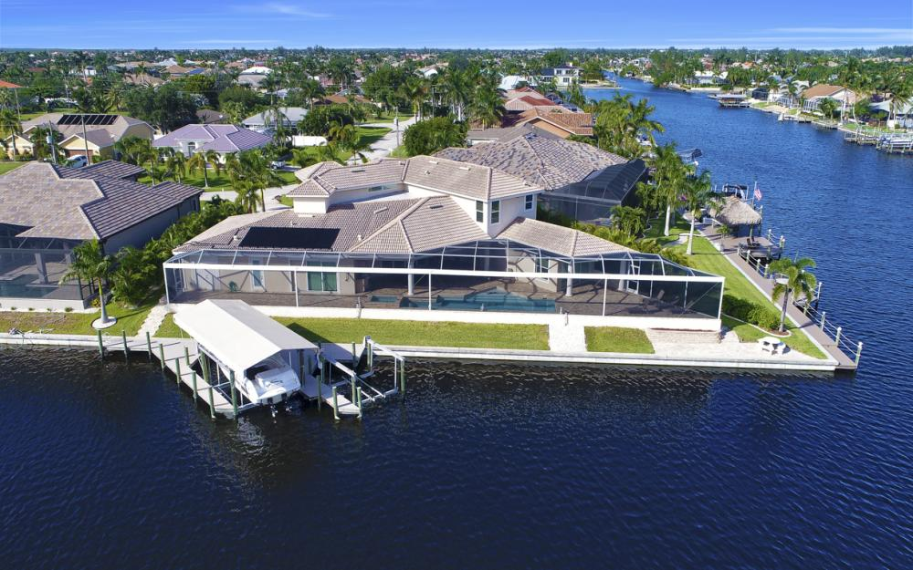 2502 SW 52nd Ln, Cape Coral - Home For Sale 80613877