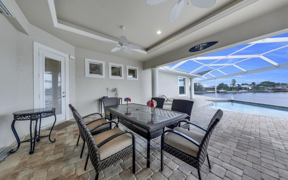 2502 SW 52nd Ln, Cape Coral - Home For Sale 1634907788