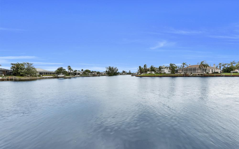 2502 SW 52nd Ln, Cape Coral - Home For Sale 144718397