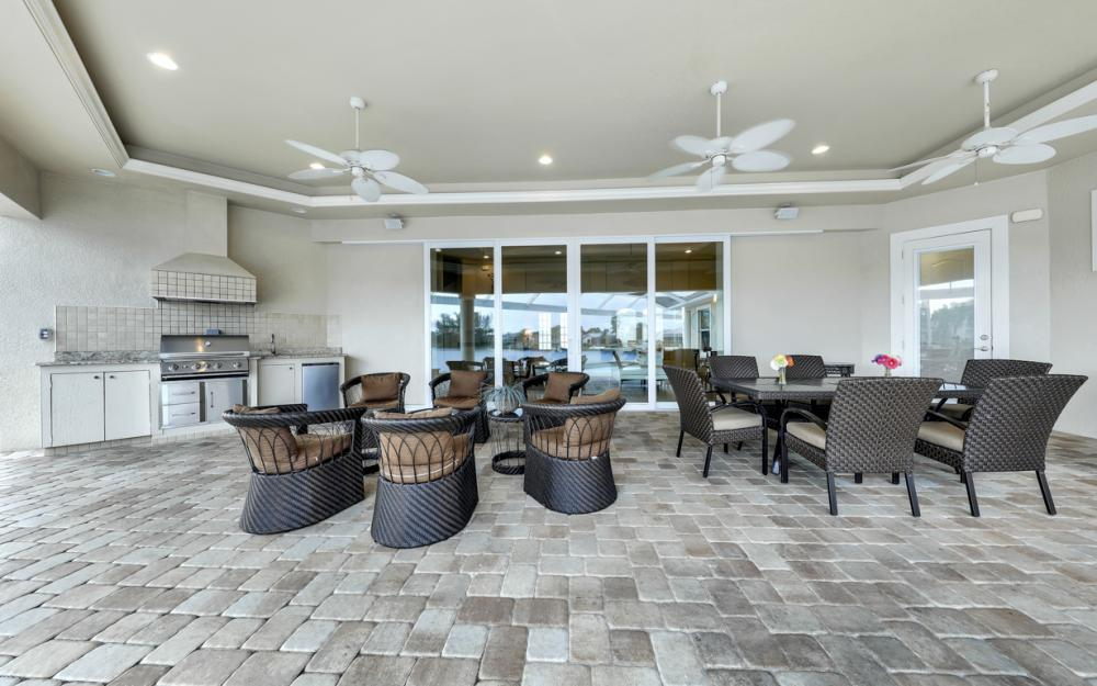 2502 SW 52nd Ln, Cape Coral - Home For Sale 1851132437