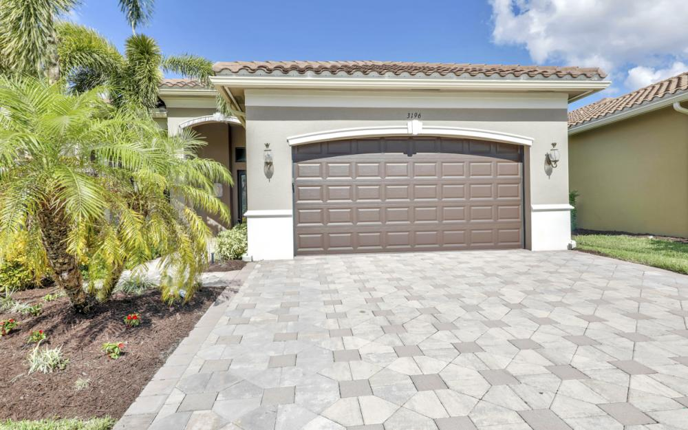 3196 Pacific Dr, Naples - Home For Sale 1942247263