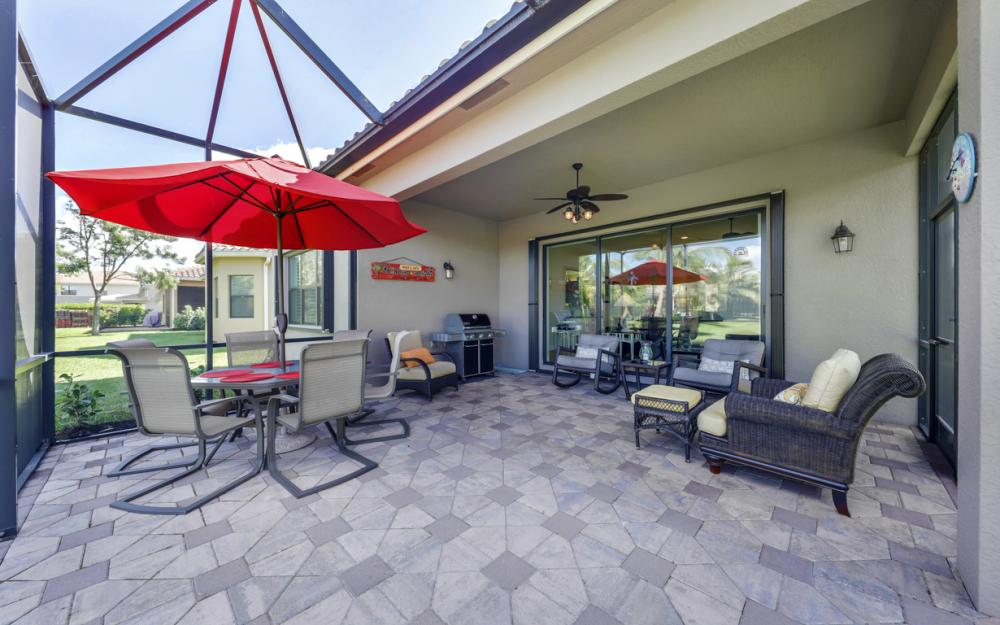 3196 Pacific Dr, Naples - Home For Sale 713185250
