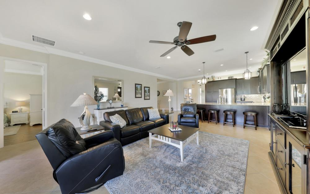 3196 Pacific Dr, Naples - Home For Sale 478508570
