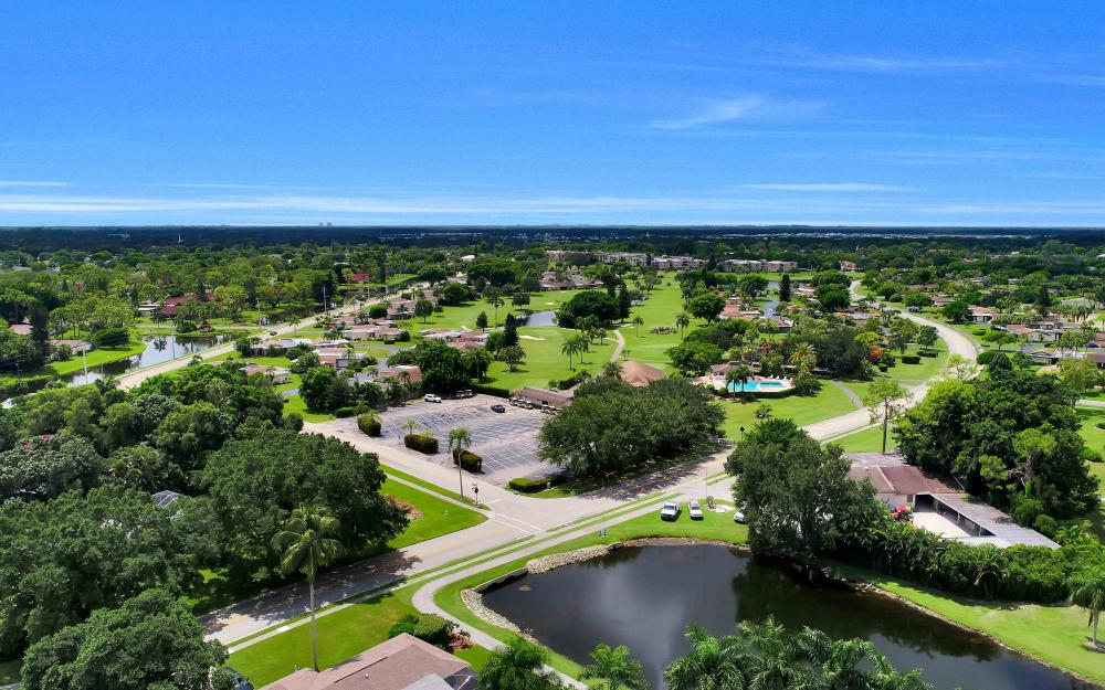 4235 Lakewood Blvd, Naples - Golf Course For Sale 1069487628