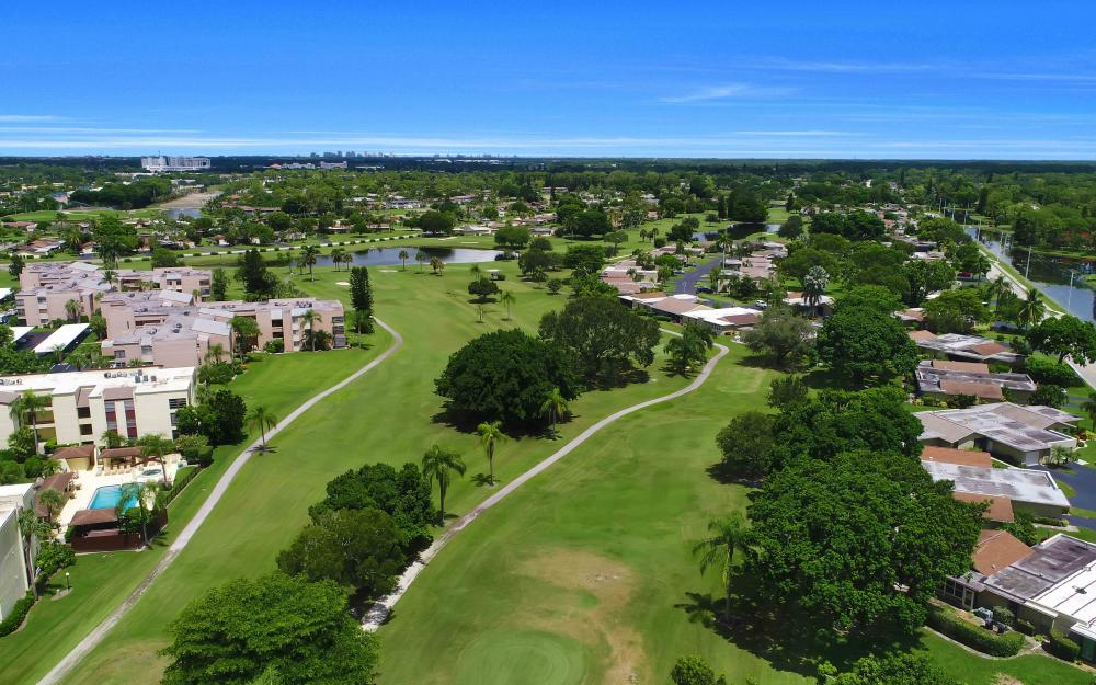 4235 Lakewood Blvd, Naples - Golf Course For Sale 1030994122