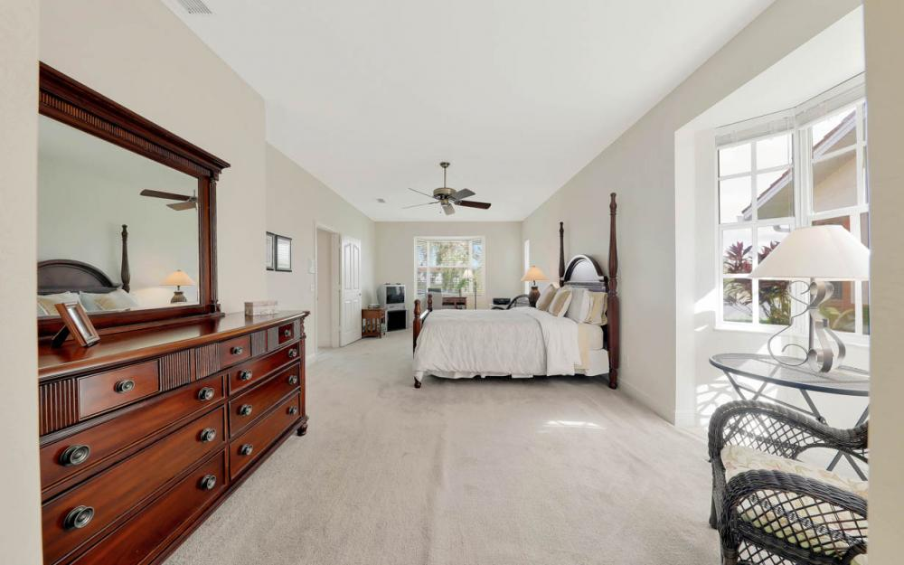 215 W Naomi Dr, Naples - Home For Sale 2018304335
