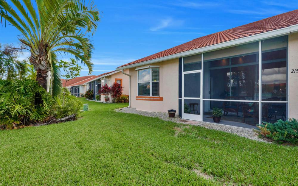 215 W Naomi Dr, Naples - Home For Sale 1174408936