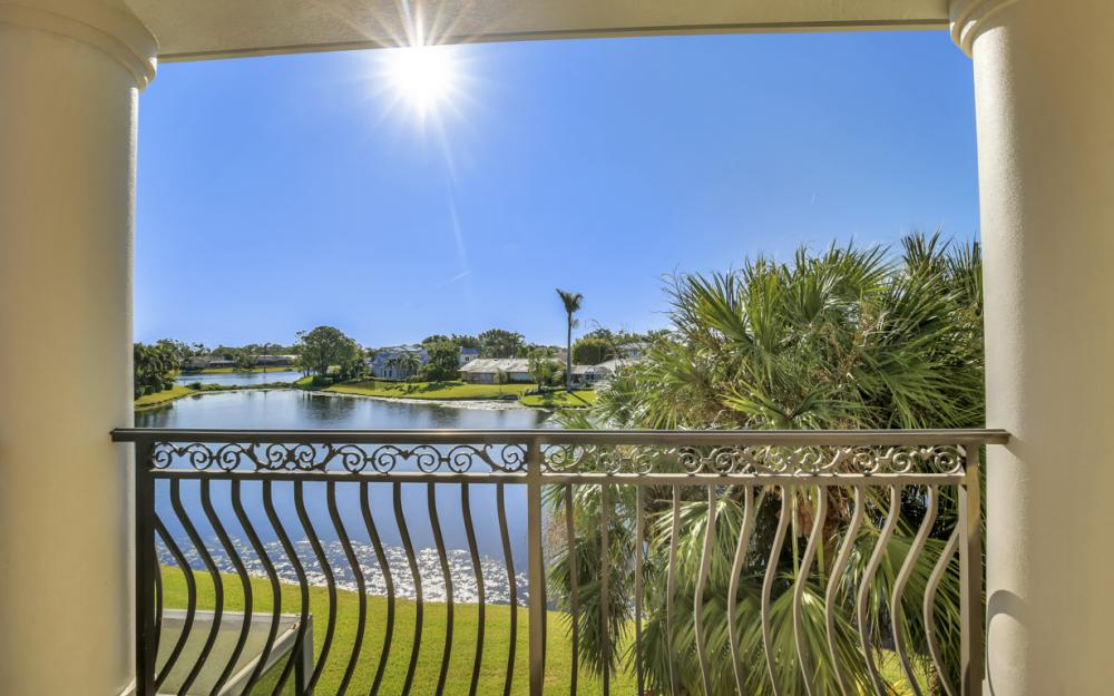 4736 Crayton Ct, Naples - Home For Sale 392698992