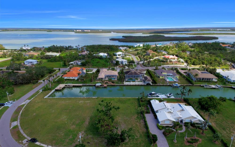 951 E Inlet Dr, Marco Island - Lot For Sale 376210020