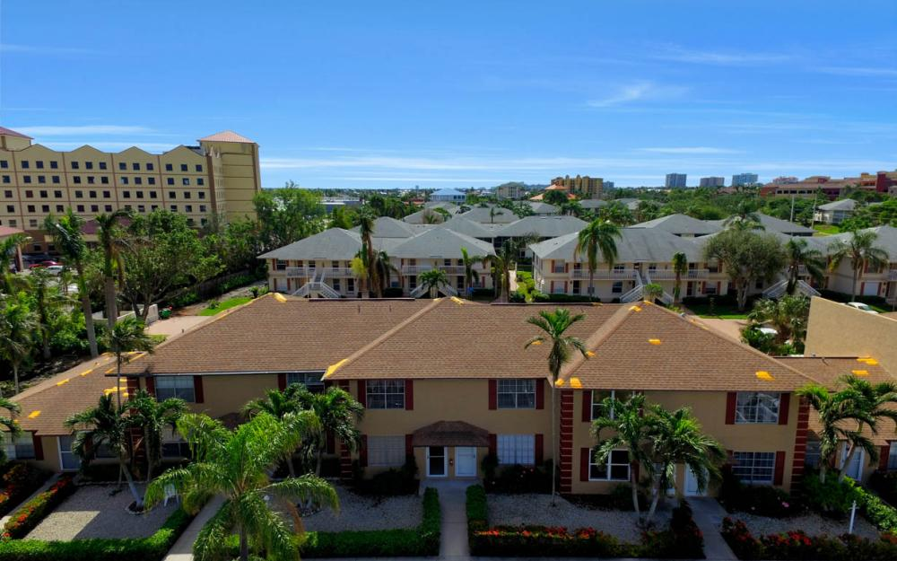 731 W Elkcam Cir #112, Marco Island - Condo For Sale 70126781