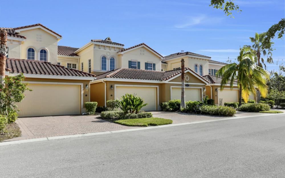 9243 Tesoro Ln #201, Naples - Home For Sale 791122656