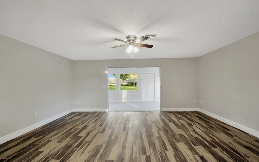 5585 Boynton Ln, Fort Myers - Home For Sale 16935684