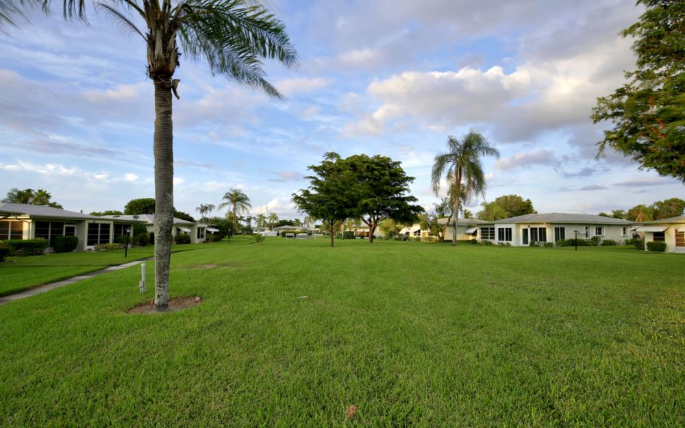 5585 Boynton Ln, Fort Myers - Home For Sale 119524554
