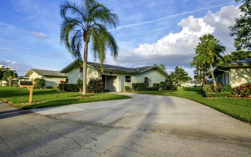 5585 Boynton Ln, Fort Myers - Home For Sale 820472401