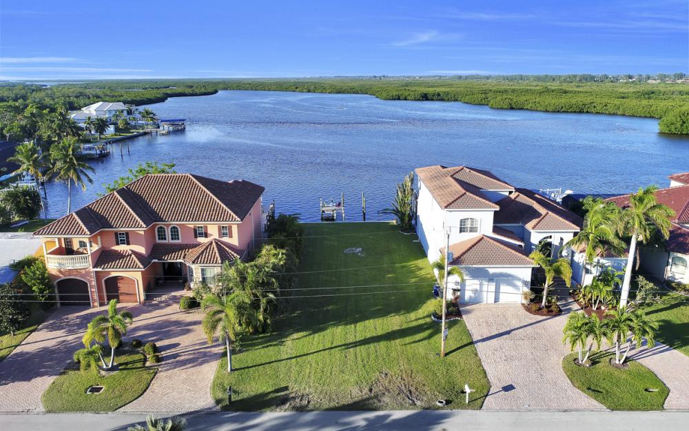 12160 Shoreview Dr, Matlacha - Lot For Sale 1689819138