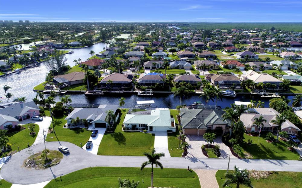 2806 SW 37th Ter, Cape Coral - Home For Sale 848707699