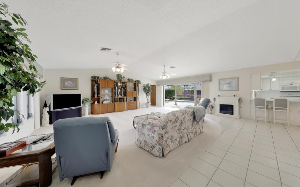 2806 SW 37th Ter, Cape Coral - Home For Sale 1123645284