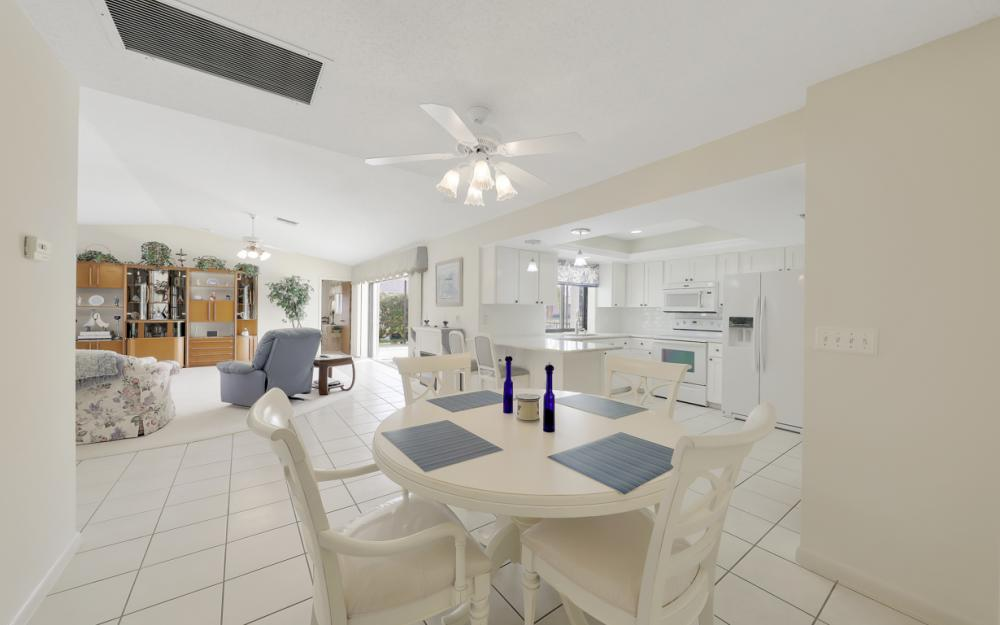 2806 SW 37th Ter, Cape Coral - Home For Sale 409864568