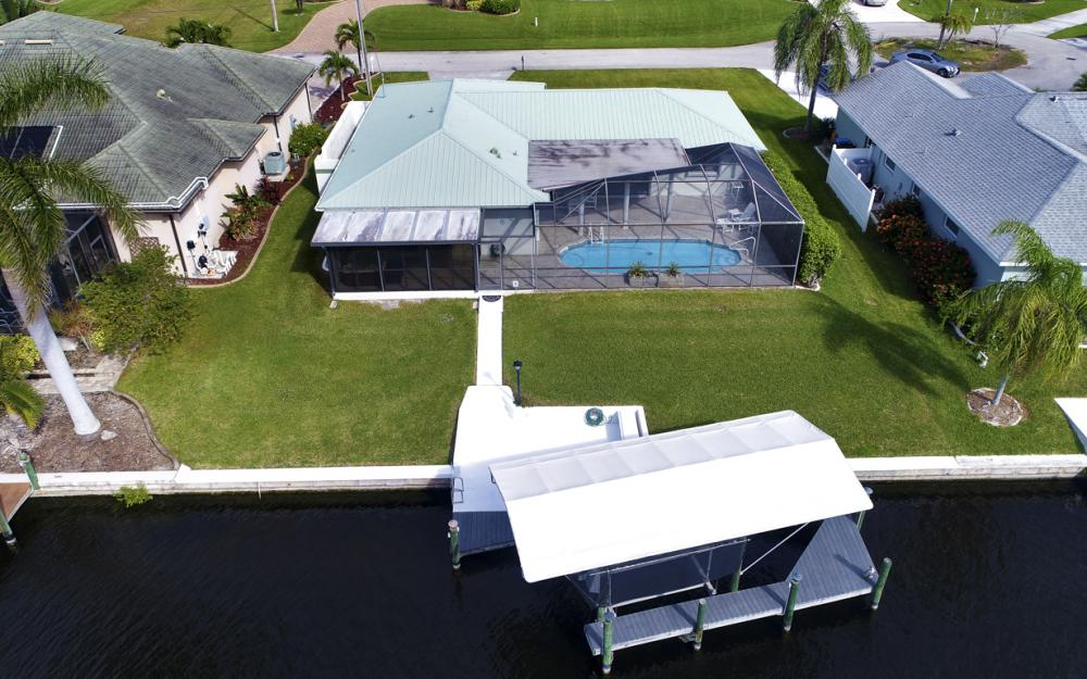 2806 SW 37th Ter, Cape Coral - Home For Sale 498713237