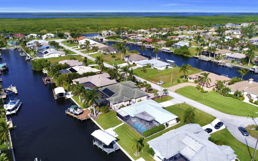 2806 SW 37th Ter, Cape Coral - Home For Sale 1698847779