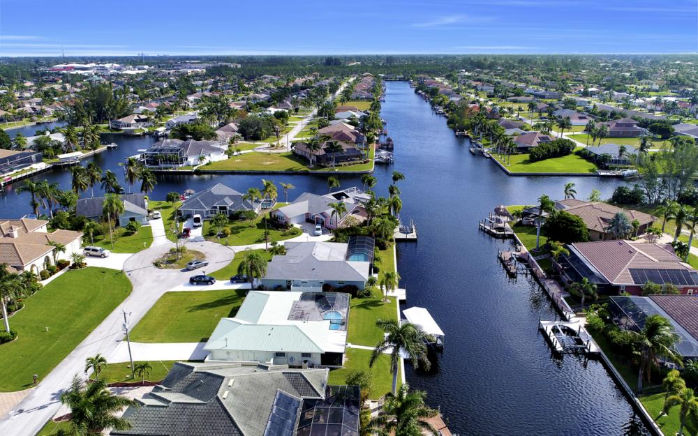 2806 SW 37th Ter, Cape Coral - Home For Sale 1908489056
