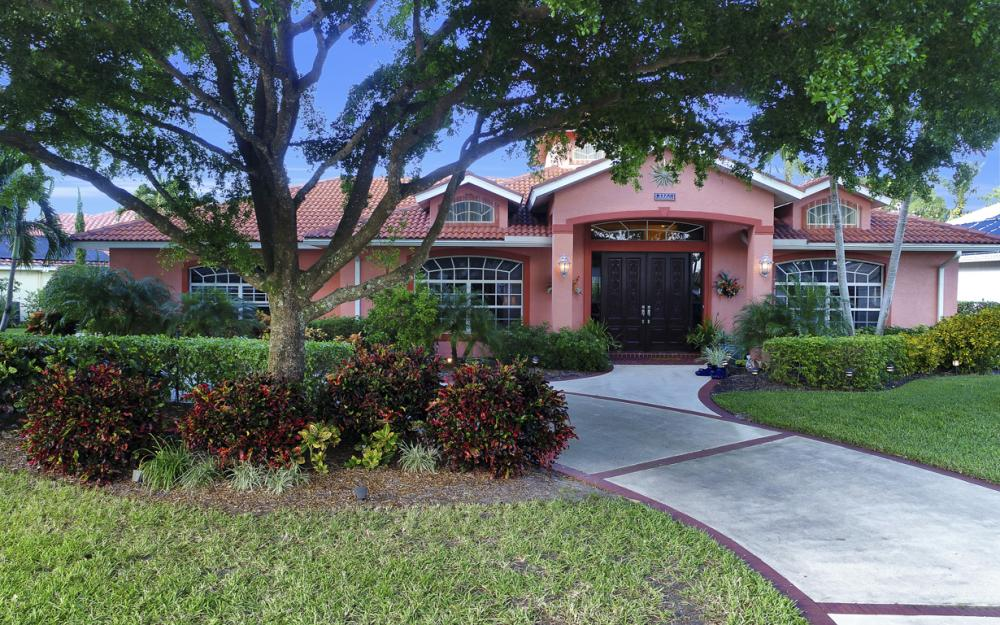 9860 El Greco Cir, Bonita Springs - Home For Sale 1599385954